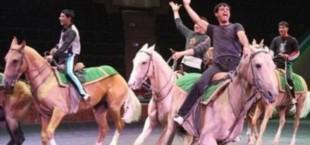 Артисты конного цирка из Туркменистана выступили перед жителями Душанбе