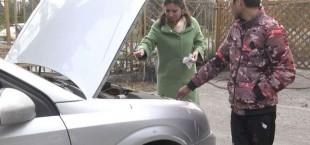 Tajik woman auto