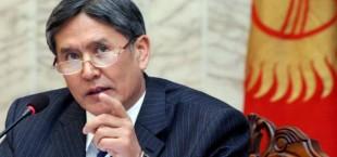 В Киргизии  поднимутся  цены,  если страна не вступит в Таможенный союз, предупреждает президент Атамбаев
