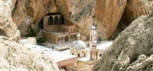 Сирийские боевики захватили монастырь и взяли в плен 12 монахинь.