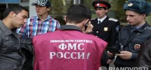 Эксперт: улучшение условий в Таджикистане решит проблему миграции в РФ