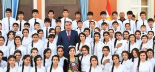 komsomol v tajikistane