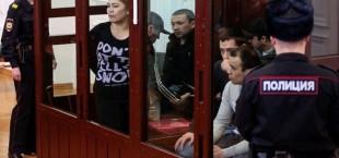 kyrzyzstantsy obvinyaemye v terakte v Sankt Peterburge 012