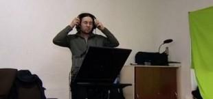 Вместо метлы - стойка микрофона: Телеканал «Москва 24» о необычных таджикских мигрантах (фото)