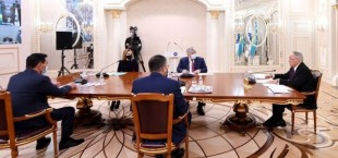 na zasedanii soveta assamblei naroda kazahstana 1