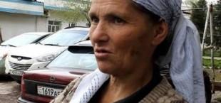 Зумрад Амонова, которая живет на остановке, отказалась от помощи Комитета по делам женщин и семьи