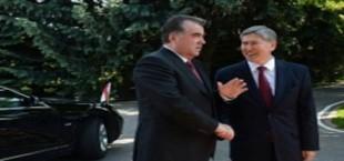 Рахмон и Атамбаев обсудили ситуацию на границе