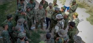 tajikskaya armiya amerikanskii instruktor