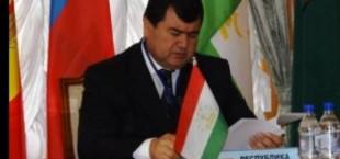 Глава Миграционной службы Таджикистана отбывает в Россию