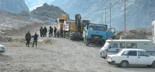 Власти Исфары: «Кыргызстан не приостановил строительство дороги»